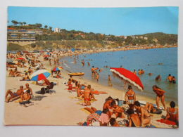 CP 83 TOULON  -  Le Mourillon - La Grande Plage 1972 - Toulon