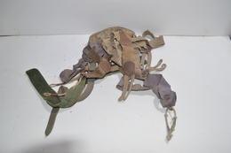 Lot De Bretelles/Sangle Allemand/Français/US Première/Deuxième Guerre Mondiales A Identifier WW1 WW2 1914/1918 1939/1945 - 1914-18