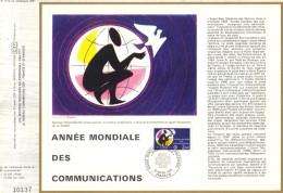 Sur Feuillet CEF , FDC 1983 Paris . ANNEE MONDIALE DES COMMUNICATIONS . - FDC