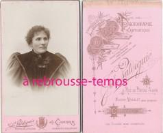 CDV Portrait De Femme-photo Jules Valdiguié Rue Du Portail Alban-maison Michelet Dans Le Jardin-Cahors - Alte (vor 1900)