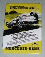 Rare Magnet Décor Affiche Publicitaire Ancienne MERCEDES BENZ Internationales Eifel-Rennen 1939, Automobilia - Magnets