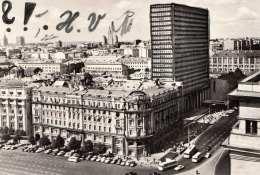 MOSKAU - Strassenansicht, Hotel National Und Inturist, Viele Autos, Busse, Fotokarte Gel.1967, Sondermarke - Russland