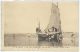 Bray-Dunes-Barque De Pêche échoué Sur Le Sable-(SÉPIA) - Bray-Dunes