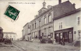 54  DENEUVRE RUE DE LA MAIRIE COMMERCE CHAUSSURES - France