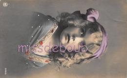 ENFANT - PORTRAIT - Fillette  -  Jolie Fille  -  2 Scans - Retratos