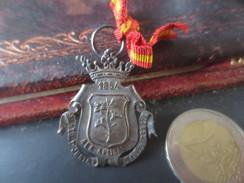 MEDAILLE- 1894- A LA APLICATION - AYUNTO Y JUNTA - 1er ENSZA GRACIA   -VOIR PHOTOS - Spain