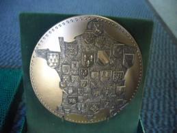 MEDAILLE Avec ECRIN FRANCE AUX ARMES DES PROVINCES  BRONZE MONÉTAIRE 90 MM Monnaie De Paris - France