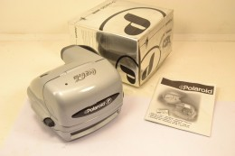 Appareil Photo Instantané POLARIOD 600 De 1998 Offert Par COCA-COLA, Neuf Dans Sa Boite D'origine - Macchine Fotografiche