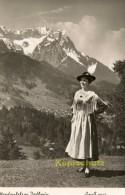 Foto AK Werdenfelser Jodlerin,Nandl Fütterer. Garmisch-Partenkirchen  ( OR 7 ) - Garmisch-Partenkirchen