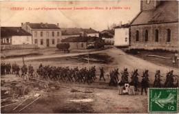 STENAY (55) Le 120ème D'Infanterie Traversant Laneuville Sur Meuse Le 9 Octobre 1913 - Très Rare - Carte Postée - Stenay
