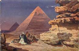 PYRAMIDES - Pyramids