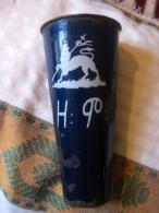Ethiopia: Gobelet à Bière émaillé Bleu (beer Tumbler) Monogramme De L'impératrice Zewditu - Cannettes