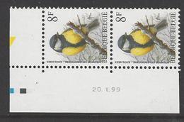 Belgique COB 2460P8a ** (MNH) - Date : 20.V.99 - Gomme Jaunâtre - Dated Corners
