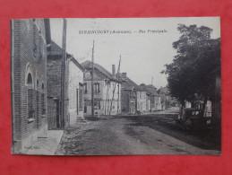 Cpa 08 SERAINCOURT  Rue Principale  Attelage, Voiture - Autres Communes