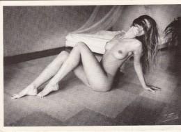 Femme Nue  - Sammy Hart - At Ease - India 1988 - Nus Adultes (< 1960)