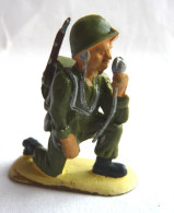 FIGURINE R.F. Robert Fisher JEM - SOLDAT WWII ARMEE MODERNE RADIO RF - Militaires