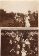 2 Photos Originales Scolaire, Groupe D'élèves Avec Maîtresse Et Ronde Des Enfants Vers 1920 - Costumes De Marins & Noeud - Personnes Anonymes