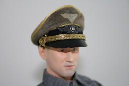 Vintage DRAGON IN DREAMS PARTS : OFFICERS HAT - Original - Scale 1/6 - DRAGON DID - Action Man