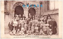 29 PENMARCH SAINT-GUENOLE - Les Enfants De La Colone De Vacances N.D. De Lourdes Devant Le Portail De L'é  (Recto/Verso) - Penmarch