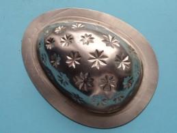 CHOCOLADEVORM / MOULE - CHOCOLAT MOLD Merk J.K.V. Tilburg N° 4512 EGG With STARS ( Vintage / Zie Foto´s ) ! - Autres Collections