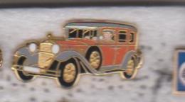 Pin's MERCEDES TYPE 460 NURBUG 1928 Signe ARTHUS BERTRAND - Arthus Bertrand