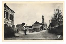 Cpsm: 44 MISSILLAC (ar. Saint Nazaire) La Poste, Au Fond L'Eglise  N° 3 Ou 8 - Missillac