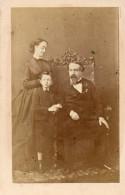 67Mn   Photo Cartonnée De Napoléon III Avec Sa Femme Et Son Fils - People
