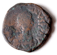 Monnaie Byzantine - FOLLIS De ANASTASE (491 - 518) Atelier Constantinople - Byzantinische Münzen