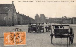 CPA VINCENNES - LE FORT NEUF - LES JEUNES SOLDATS A L'INSTRUCTION - Vincennes