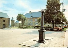 ROCHEFORT - Mont-Gauthier (5580) : Le Centre Du Village, L'Eglise Et La Fontaine. CPSM Peu Courante. - Rochefort