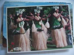 Tahiti With Nice Dancers - Tahiti