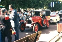 PHOTOGRAPHIE BOURG LA REINE VOITURE DES POMPIERS 1er PRIX EXPOSITION VIEILLES VOITURES EN 1996 - Automobiles