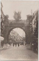 CPA PHOTO 76 DIEPPE Rue De La Barre Décorations Un Jour De Fête Arc De Triomphe Rare - Dieppe
