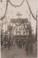 CPA PHOTO 76 DIEPPE Rue De La Barre Décorations Un Jour De Fête Aux Poilus De La Grande Guerre Commerces Rare - Dieppe