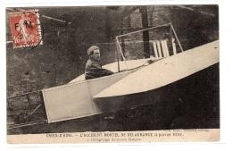 CROIX-D´ HINS (33) - L´ Accident Mortel De DELAGRANGE (4 Janvier 1910) - N°1 - Delagrange Dans Son Hangar - Aviateurs