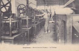 Cpa-11-esperaza-manufacture De Chapeaux-le Pressage-personnages - France