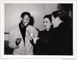 Grande Photo Boxeurs Sugar Ray Robinson Avec Robert Villemain Et Fabia Gringor Tampon Miroir Sprint - Personalità