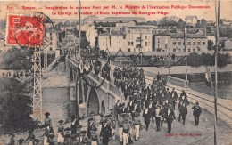 - 327 - ROMANS - Inauguration Du Nouveau Pont Par Mr Le Ministre - Le Cortège Se Rendant à L'Ecole De Bourg-de-Péage - Romans Sur Isere