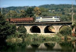 26 - SAINT-VALLIER - Train De Marchandise - Locomotive - France
