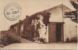 85.- 38  CPA - CPSM Petit Format  De La VENDEE - Cartes Postales