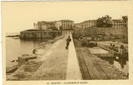 AJACCIO, La Citadelle Et La Jetée, 2 Scans - Ajaccio