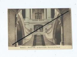 CPA - Roubaix  - Hôtel De Ville - Le Grand Escalier - Buste De Jules Guesde - Roubaix