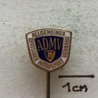 Badge (Pin) ZN002941 - Automobile (Car) ADMV Allgemeiner Deutscher Motorsport Verband - Badges
