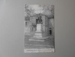 GARD POMPIGNAN STATUE DU COLONEL BOURRAS - France