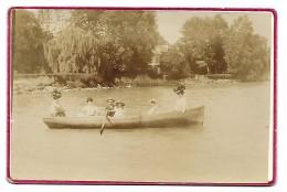 FOTO ANTICA FAMIGLIA IN BARCA H.BAUDET BONS ST. DIDIER CM.16X10,5 - Anciennes (Av. 1900)