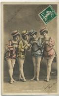 Les Petits Cousins Femmes Sexy Travesties En Homme Travesti Tranvestite Edit Walery - Théâtre