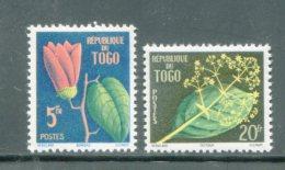 TOGO- Y&T N°276 Et 277- Neufs Avec Charnière * (fleurs) - Togo (1960-...)