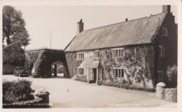 AO53 Bilbrook Washford, The Dragon House - RPPC - Engeland