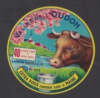 Etiquette De Fromage -   Vallée De L'Oudon   - Laiterie Du Moulin  -  Besnier  à  Laval   (53 F ) - Fromage