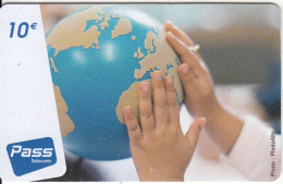 FRENCH ANTILLES & REUNION - Globe, Outremer Prepaid Card 10 Euro, Tirage 27000, Used - Antilles (French)